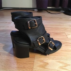 Urban Outfitters Ecote sandals
